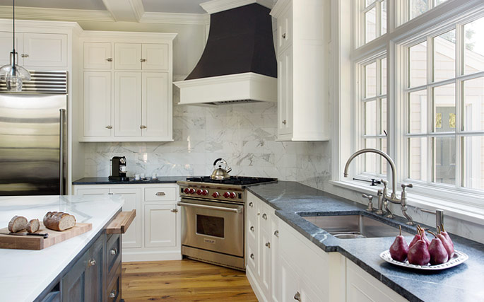 Beautifully Remodeled Kitchen In A Massachusetts Salt Box