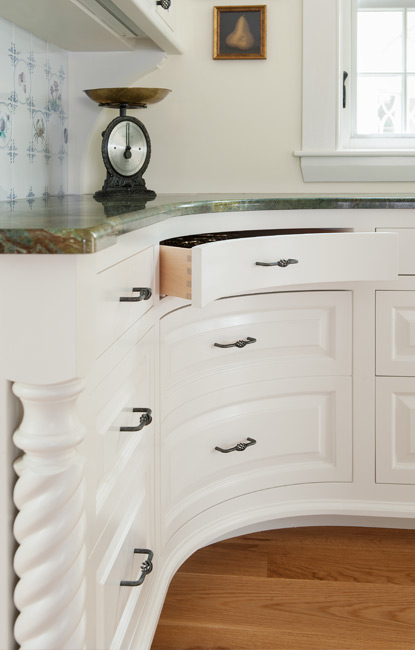 Custom Curved Faced Kitchen Cabinetry