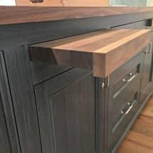 Styling a kitchen - Jewett Farms + Co.